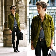 Check out Longchamp looks from real people around the world. Boy Fashion, Mens Fashion, Street Fashion, What Should I Wear, Mens Fall, Casual Wear, Military Jacket, Tees, Shirts
