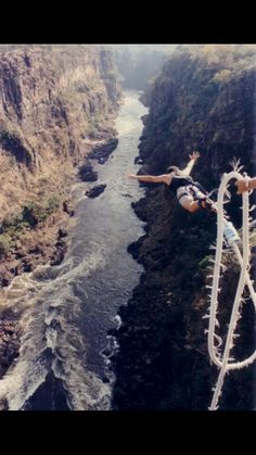 World's highest bungee jumping in South Africa