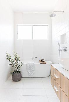 White Bathroom Designs, Cheap Home Decor, Bathroom Interior, Bathroom Decor, Home Remodeling, Interior, Bathroom Interior Design, Home Decor, House Interior