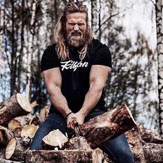 Lumber Muscle Beard