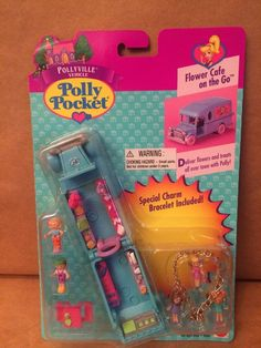Polly Pocket Flower Cafe ON THE GO 17365 | eBay Polly Pocket World, Poly Pocket, Flower Cafe, Pound Puppies, 90s Toys, Vintage Fisher Price, Hipster Outfits, 10th Birthday, Cool Toys