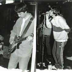 Noel Gallager, Liam Gallagher Oasis, Liam And Noel, Beady Eye, Just Believe, Britpop, Wonderwall, Cool Bands, Rock N Roll