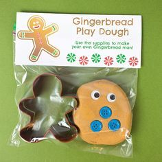 Gingerbread Play Dough is a great favor for winter holiday class parties or even as gifts for friends. Preschool Christmas, Noel Christmas, Christmas Activities, Christmas Crafts For Kids, Holiday Crafts, Holiday Fun, Kids Crafts, Winter Holiday, Christmas Ideas