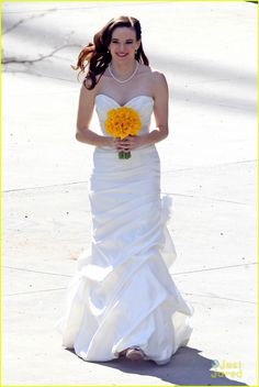 Something is going to happen' - Caitlin & Ronnie wedding - spoilers ♥