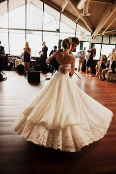 Beautiful Train Pin Up New York Wedding Our Dream