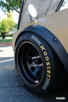 Hoosier, on a vintage Datsun I think Diamond racing Rims And Tires, Wheels And Tires, Corsa Wind, Jdm Wheels, Datsun 240z, Racing Wheel, Chevy, Car Tuning, Car Engine