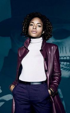 Moneypenny has introduced herself in a glamorous style in James Bond Spectre by wearing this Burgundy leather trench coat with free shipment to USA,UK & Canada. Blue Trench Coat, Leather Trench Coat, Leather Jacket, Blue Coats, Movie Collection, Blazers For Men, Party Looks, Winter Jackets, Stylish