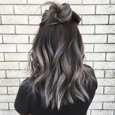 """Smoky Gray Ombré Hair Is the """"It"""" Hair Dye to Try for Fall"""
