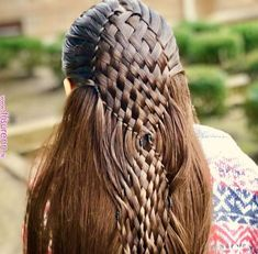 The most beautiful hairstyles for long hair down Hairstyle 2019 - Flechtfrisuren Pretty Hairstyles, Braided Hairstyles, Church Hairstyles, Natural Hair Styles, Short Hair Styles, Crazy Hair Days, Pinterest Hair, Braids For Long Hair, Hair Art