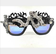 MENS Blue and Black Snake Jeweled Festival Sunglasses, Unusual Guys Eye Wear, Designer Shades Festival Sunglasses, Cute Sunglasses, Round Sunglasses, Sunnies, Rave Accessories, Rave Mask, Burning Man Outfits, Designer Shades, Branded Bags