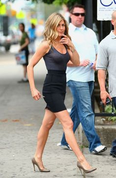 Jennifer Aniston. So in love with her !