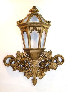 """VINTAGE SYROCO LANTERN DESIGN WALL HANGING WITH ANTIQUE GOLD FINISH 25"""" TALL"""