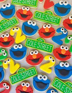 Elmo First Birthday, Boys 1st Birthday Party Ideas, Monster Birthday Parties, Elmo Party, Birthday Fun, Sofia Party, Mickey Party, Dinosaur Party, Dinosaur Birthday