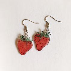 Shrink Plastic Jewelry, Plastic Earrings, Funky Earrings, Funky Jewelry, Diy Earrings, Cute Jewelry, Earrings Handmade, Handmade Jewelry, Jewlery