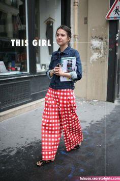 Pantaloni palazzo e culottes, super trend 2015 Fashion Week, Look Fashion, Paris Fashion, Womens Fashion, Fashion Trends, Gothic Fashion, Girl Fashion, Fashion Tips, Grunge Goth