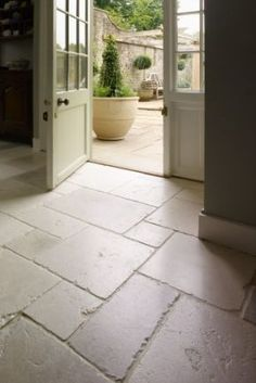 St Arbois Tumbled Limestone Floor A Stylish And Por With Delicate Tones Of Beige Pale Greys Creams The Occasional Blush Pink