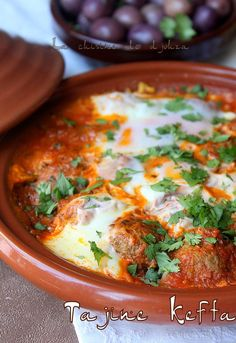 Moroccan Kefta Dumplings Tagine - -You can find Dumplings and more on our website. Dinner Recipes For Kids, Healthy Dinner Recipes, Cooking Recipes, Fast Recipes, Tagine, Morrocan Food, Healthy Ground Beef, Tunisian Food, Fast Dinners