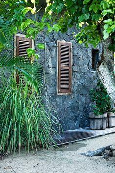 outdoor shower: place shutters on either side of shower