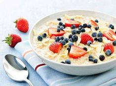 El desayuno es una de las comidas más importantes del día y por ningún motivo la debemos saltar. Conoce 8 desayunos saludables muy fáciles de preparar.