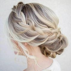 Make evening hairstyles yourself - 46 tips and tricks French Braid Hairstyles, Braided Hairstyles For Wedding, Bride Hairstyles, Updo Hairstyle, Curly Hair Cuts, Curly Hair Styles, Updo Styles, Evening Hairstyles, Mid Length Hair