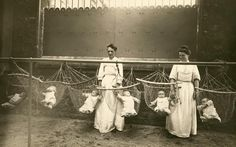Picture of Mothers put babies in nurseries while they work for the war effort