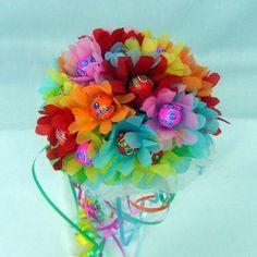 Bouquet de chupa-chups #bouquetsalfileres http://www.carmenmerino.net/