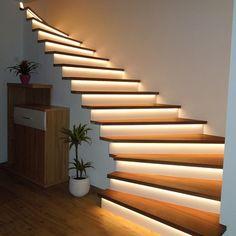 Minimalist interior staircase: enjoy a refined and modern interior .- Minimalist interior staircase: enjoy a refined and modern decor – interior – stairs Minimalist Interior, Modern Interior, Home Interior Design, Modern Decor, Interior Decorating, Stairway Decorating, Modern Design, Pastel Interior, Home Modern