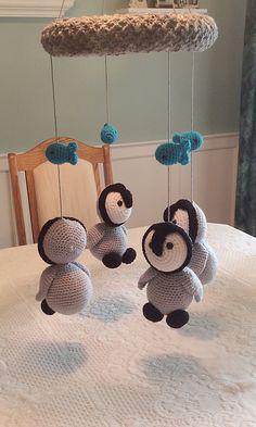 Ravelry: Baby Penguins Mobile pattern by Lisa Kingsley