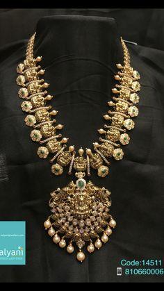 Gold Wedding Jewelry, Gold Jewelry Simple, Gold Jewellery, Designer Jewellery, India Jewelry, Latest Jewellery, Bridal Jewelry, Jewelry Design Earrings, Gold Earrings Designs