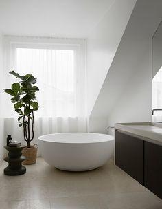 A Serene Stockholm Apartment by Designer Claes Dalén – Modern Stockholm Apartment, Apartment Interior, Dream Bathrooms, Beautiful Bathrooms, Home Design, House Photography, Interior Decorating, Interior Design, My New Room