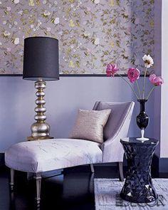 Love the wallpaper and decor.