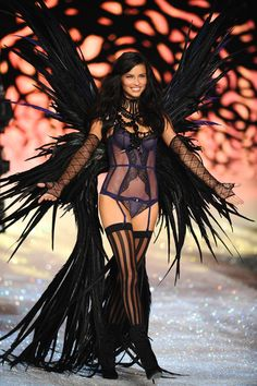 Adriana Lima. Ok so she's not an Actress, but I love her, She's my favorite Victoria's Secret Model! :)