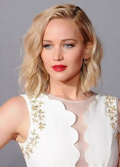 Jennifer Lawrence's wavy lob