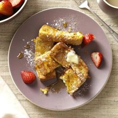 French Toast Sticks Recipe- Recipes These French toast sticks are handy to have in the freezer for a hearty breakfast in an instant. They're great for buffets because they can be eaten on the go.Taste of Home Test Kitchen Breakfast Desayunos, Vegetarian Breakfast, Breakfast Dishes, Breakfast Recipes, Breakfast Ideas, Devon, French Toast Sticks, Cereal Recipes, Dessert