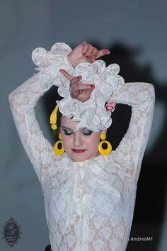"""Maquillaje Terapeútico. II desfile """"Rompiendo barreras"""" contra el cancer de mama."""