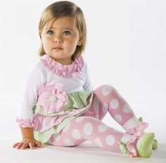 baby outfit, so cute! and what a pretty baby