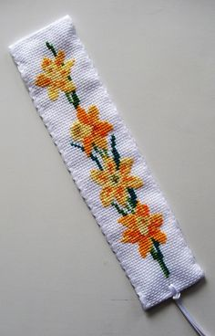 Daffodils Bookmark  CrossStitcher - Queenie Noodles