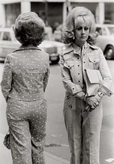 """No, Inez! I will not turn 'round until you apologize for calling my polka dot pantsuit """"tacky."""""""