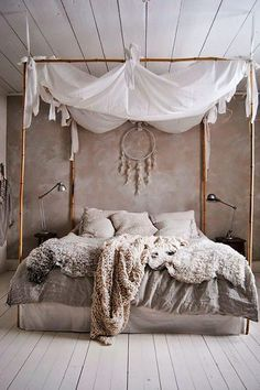 Romantic Boho bedroom - canopy bed w/ bamboo sticks, chunky cream and beige knit blankets and cushions, bedding in washed linen (hva) Bohemian Bedrooms, Boho Chic Bedroom, Bedroom Inspo, Home Decor Bedroom, Diy Bedroom, Bedroom Ideas, Beach Bedrooms, Bohemian Bedding, Bedroom Inspiration
