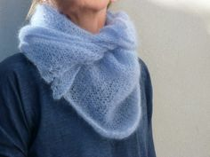 The 'Lacy Bactu' scarf pattern was used here .... FREE pattern download on Rav