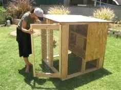 building a small chicken coop1 400x300 how to chicken coop building