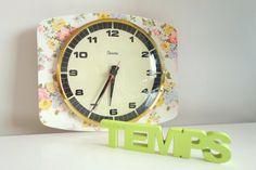 Horloge murale par ByLiloudeValois sur Etsy