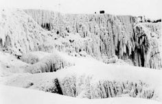 American Falls completely frozen in 1936