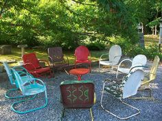 Why am I so obsessed with motel chairs? I just love them...with a fire pit in the middle!