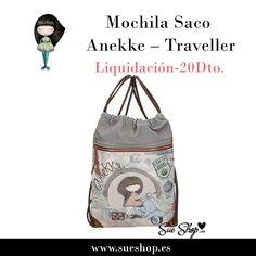 """Mochila Saco Anekke de la colección """"Traveller"""", con un amplio compartimento principal, un bolsillo en la parte frontal y otro en la parte trasera, ambos con cremallera y tirantes al hombro para llevarla cómodamente a la espalda. @sueshop_es #anekke #mochila #saco #complementos #muñeca #traveller #liquidacion #oferta #descuento #sueshop"""