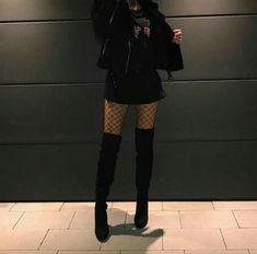 K Fashion, Ulzzang Fashion, Grunge Fashion, Fashion Outfits, Womens Fashion, Fashion Black, Fashion Ideas, Edgy Outfits, Korean Outfits