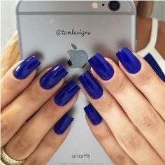"""Unhas por @tamlavigne Esmalte """"Azul Hortênsia"""" da @risqueoficial #Regrann #unhas #esmaltes #nailpolish #nailpolishaddict #pimentacute #desafio #challenger #unhaslindas #viciadaemvidrinhos #unhastop #topunhasbrasil #cutenails #esmalte #unhasdecoradas #unhasdasemana #NailArt #unhasdodia #nailswag #nailsofinstagram #nailsoftheday #nailsoftheweek #Manicure #mani by unhas_br"""