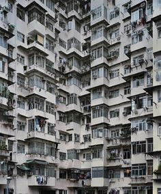 MICHAEL WOLF PHOTOGRAPHY Hong Kong At Night Population Density In - Photographer captures madness real estate hong kong