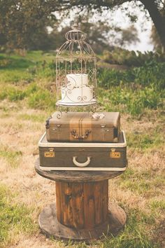 bird cage cake idea http://www.weddingchicks.com/2013/09/11/vintage-diy-wedding-3/