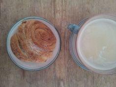 Nachmittagskaffee mit #Franzbroetchen. Die perfekte Arbeitspause.